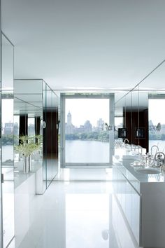 Here S All The Inspiration You Need To Decorate With Mirrors Amazing Bathroomswhite