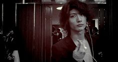 Sometimes I think Miura Haruma isn't that attractive, but then there's this... #Last Cinderella #japanese #drama
