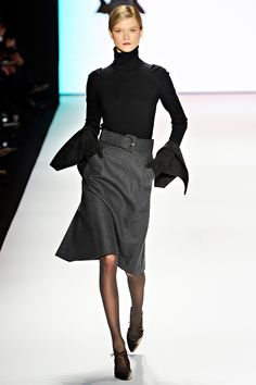 Carolina Herrera (Does she have a Craft Service table at her shows?)