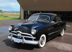 Car of the Week: 1949 Ford Deluxe - Mom had one of these.