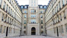 Découvrez l'importance d'investir dans des centres d'affaires offrant qualité et services que ce soit en France ou à l'étranger.