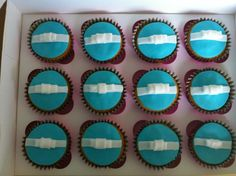 Tiffany's inspired Choco-after eight cupcakes. After Eight, Cupcakes, Cookies, Inspired, Desserts, Inspiration, Food, Tailgate Desserts, Cupcake