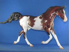 YASMINE, the last PREMIER RELEASE OF 2016 Premier Club. He is a very nicely done bay Sabino on the new Shagya Arabian cross Mare. She was sculpted by Brigette Eberl. This gal is a stunningly done paint job to a bay with sabino markings, with outstanding shading. I had planned on keeping him but other things have come up, so my loss is your gain on this stunning and just outstanding horse !! Only Removed from packaging to take pictures, never displayed. I will ship outside the USA ...Pay via…