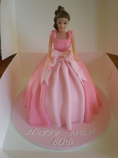 A beautiful idea, the family ordered a very pink Dolly Varden cake for their mother's birthday party. Barbie Birthday Cake, Birthday Cake Girls, 80th Birthday, Birthday Cakes, Barbie Gowns, Barbie Dress, Barbie Doll, Dolls, Fancy Cakes