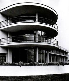 (1934) De la Warr Pavilion - Erich Mendelsohn (500×590)
