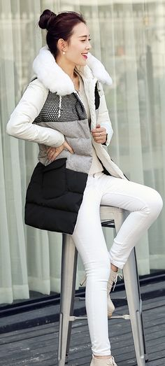 Adorable Down Coat in White and Black YRB0580