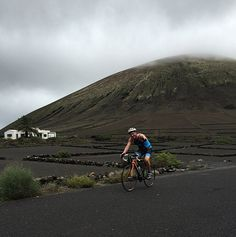 Cyclists of Bioibérica at #OceanLava #triathlon (Arrecife, Canarias Islands). Volcanic leg #HawaiiChallenge