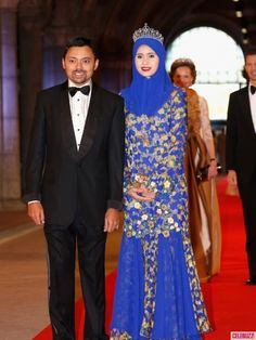 Crown Prince Al-Muhtadee Billah and Princess Sarah of Brunei (wearing her wedding tiara) attend a dinner hosted by Queen Beatrix of The Netherlands ahead of her abdication in favour of Crown Prince Willem Alexander at Rijksmuseum on April 29, 2013 in Amsterdam, Netherlands.