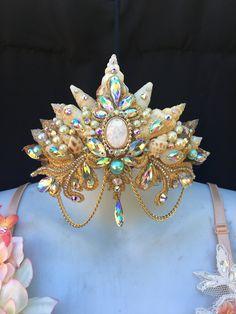Mermaid crown by ShopPixiGlitz on Etsy Mermaid Headpiece, Mermaid Bra, Mermaid Crown, Romantic Night Wedding, Magical Jewelry, Unique Jewelry, Wedding Accessories, Hair Accessories, Carnival Fashion