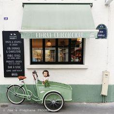 パリの柴犬とちいさなパリジェンヌのしあわせな毎日 - 写真特集 - 朝日新聞デジタル&w