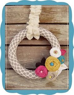 Notes from the Castle: Adorable Spring/Summer Wreaths!