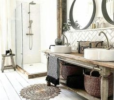 Rustic bathroom interior with wooden accessories and painted white feet . - Rustic bathroom interior with wooden accessories and painted white floorboards - Farmhouse Vanity, Rustic Vanity, Farmhouse Style, Modern Farmhouse, Modern Rustic, Rustic Industrial, Farmhouse Decor, Rustic Style, Country Style