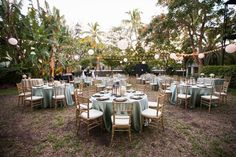 Eating alfresco is one of the best things about a sunshiny destination wedding, like this one in Key West, Florida | See more on http://www.youmeantheworldtome.co.uk/destination-wedding-florida-the-ernest-hemingway-home-and-museum/ Photography by Limelight Photography http://www.stepintothelimelight.com