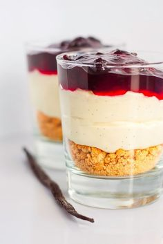 Mad & Søde Sager: Nem cheesecake i glas - Architect Pools Pumpkin Cheesecake, Cheesecake Recipes, Turtle Cheesecake, Cheesecake Bites, Lemon Cheesecake, Strawberry Cheesecake, Chocolate Cheesecake, Pudding Desserts, Dessert Recipes