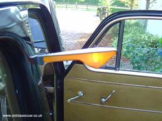 Sometimes these would not work so we had to wind down the window and pull the indicator out! Dad had to use hand signals until we had done it.Memories of Granny's Morris Minor. My Favorite Year, Ice Cream Van, Morris Minor, Great Inventions, Old London, A30, My Childhood Memories, My Memory, The Good Old Days