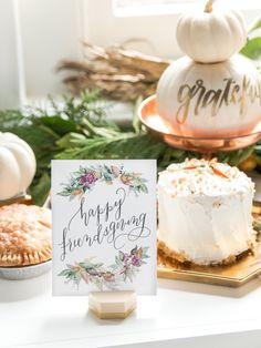 Get Inspired to Craft a Knockout Thanksgiving Dessert Buffet (Style Me Pretty Living) Thanksgiving Table Settings, Thanksgiving Feast, Wedding Cake Designs, Wedding Cake Toppers, Wedding Cakes, Traditional Thanksgiving Recipes, Style Me Pretty Living, Dessert Buffet, Wedding Catering