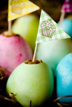 Easter Egg Cupcakes Baked in Eggshells...wha...what??!?