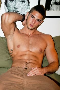 gay.porn.cim Offering a massive collection of free videos featuring gay sex, fetish and hot guys.