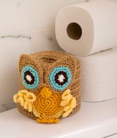What a hoot! Cover your extra bathroom roll with this clever crocheted owl for a wise and fun bathroom accessory: free crochet pattern