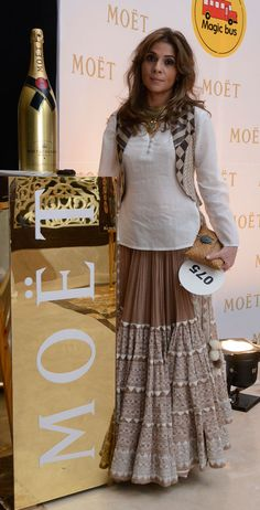 Moët & Chandon presented its Toast for a Cause concept in India for the second time, at the Magic Bus charity gala held at the Palladium Hotel, Mumbai. Western Dresses, Indian Dresses, Indian Outfits, Indian Skirt, India Fashion, Asian Fashion, Girl Fashion, Kurta Designs, Blouse Designs