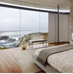 Nadire Atas on Scandinavian Bedrooms / Home Design Idea 21 Amazing Bedroom Views That Will Rock Your Mornings. OMG, I am so impressed with these views. Home Bedroom, Modern Bedroom, Bedroom Decor, Bedroom Ideas, Dream Bedroom, Bedroom Designs, Bedroom Inspiration, Travel Bedroom, Master Bedroom