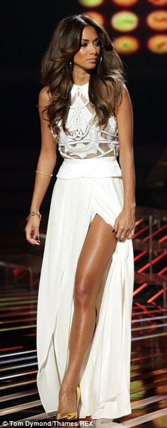 Nicole Scherzinger in Sass & Bide gown, Guiseppe Zanotti heels perfect long layers!