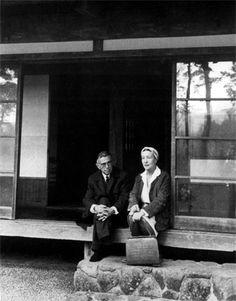 Simone de Beauvoir et Jean-Paul Sartre, Japon, 1966.