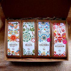 スローコーヒーオールスターセット150G - Slow Coffee SHOP オーガニック、フェアトレード、自社焙煎のSlowCoffee Cake Packaging, Food Packaging Design, Beverage Packaging, Coffee Packaging, Coffee Branding, Bottle Packaging, Packaging Design Inspiration, Jar Design, Label Design