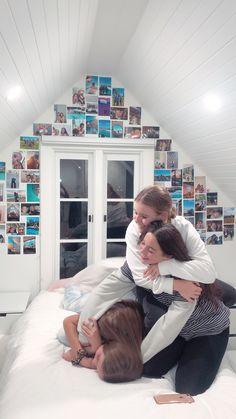 Bff Goals, Best Friend Goals, My Best Friend, Best Friends, Best Friend Pictures, Bff Pictures, Friend Photos, Deco Originale, Room Goals