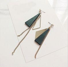 1 Pair Fashion Women Geometry Triangle Wood Dangle Drop Earrings Jewelry
