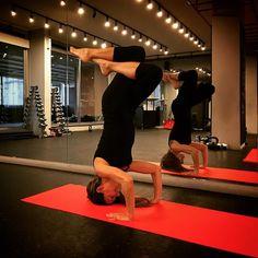 #yoga #headstand #tripodheadstand #yogapose #yogabeirut #yogafun #poweryoga #yogaclass #sirsasana  @gobyuenergy @uenergygym by catherinechidiac