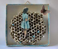 """""""blaue Ferne"""". art box, assemblage by papiertänzerin."""