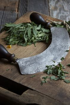 Herbs chopping board. Old school :)
