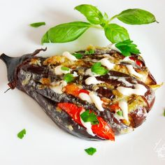 "Веер из баклажанов или ""Жар-птица"" Vegetable Recipes, Vegetable Pizza, Tasty, Yummy Food, Fresh Vegetables, Eggplant, Baked Potato, Zucchini"