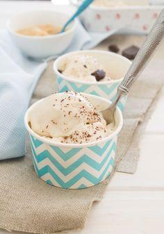 Nem acredito que é saudável!: Gelado vegan de manteiga de amendoim . Vegan peanut butter ice cream.