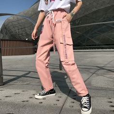 Street Outfit Women's Street Pants Drawstring Waistpants Printed Pink Big Pockets Track Pants - Street Fashion Trends and Beauty Tips Cargo Pants Outfit, Cargo Pants Women, Pants For Women, Clothes For Women, Pink Pants Outfit, Grunge Outfits, Trendy Outfits, Cool Outfits, Fashion Outfits