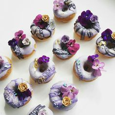 Love these purple flower donuts they look soo delicious and amazing my favourite love it amazing.