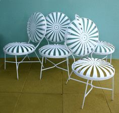 The Dainty Squid: vintage patio chairs