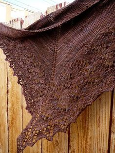 Swallowtail Lace Shawl by Evelyn A. Knitting Blogs, Lace Knitting, Knitting Ideas, Knitting Needles, Knitting Patterns, Crochet Patterns, Crochet Things, Knit Or Crochet, Crochet Shawl