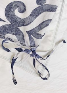 Features of the best duvet inserts including corner ties! White Coverlet, Driven By Decor, The Company Store, Duvet Insert, Decorating Tips, Navy And White, String Bikinis, Duvet Covers, That Look