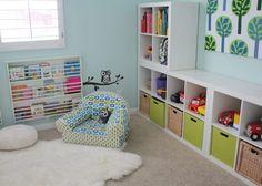 Детская комната должна быть безопасной, светлой и универсальной, ведь малыши быстро растут. И сделать её такой вам по силам. Вот интересные решения, полезные советы и много-много фотографий.