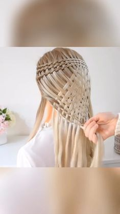 Quick and Easy Hair Tutorials! – Quick and Easy Hair Tutorials! – Quick and Easy Hair Tutorials! Gothic Hairstyles, Braided Hairstyles, Cool Hairstyles, Curly Hair Styles, Natural Hair Styles, Curly Hair Tutorial, Hair Videos, Hair Looks, Hair Makeup