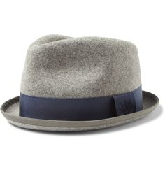 Grey has always been one of my favorite colors. It's cool, understated but all the while warm. The tone is often associated with the Winter and the Rag & Bone Wool-Felt Trilby Hat speaks to tha...