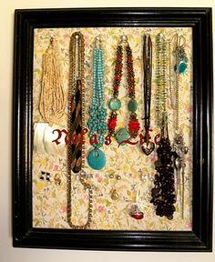 easy peasy diy jewelery stand