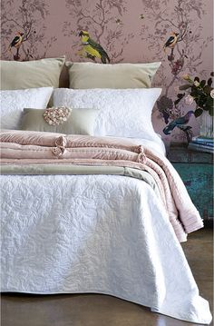 Sylvetta quilt and Bloom Petal comforter-900x1370.jpg (900×1370)