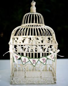 Love the birdcage idea for wedding day cards and gift cards.
