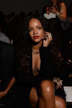 Rihanna   @annaanna1111111/