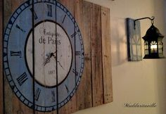 Pretty pallet clock! #DIY - I wouldn't make it a real clock, I'd probably put it a bit before midnight for a goth or fairytale themed guest room! Either scary or romantic depending on how I lean it!
