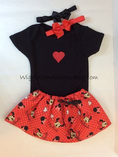 Minnie Mouse hearts skirt set Valentine's Day by Wigglesandwishes