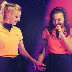 Glee 3D Live - Valerie